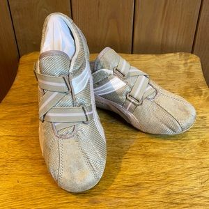 Xhilaration Cream Pink Stripe Easy Going Sneaker 7